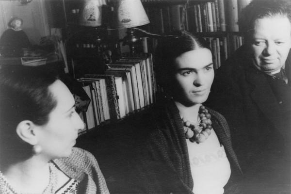 Frida: Black Dove